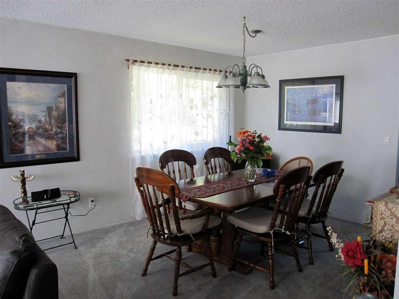 Photo 3: Photos: 21155 CUTLER Place in Maple Ridge: Southwest Maple Ridge House for sale : MLS®# R2101980