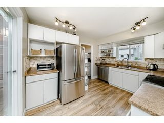 Photo 5: 6112 E GREENSIDE DRIVE in Surrey: Cloverdale BC Townhouse for sale (Cloverdale)  : MLS®# R2403144