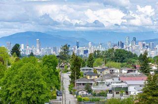 """Photo 4: 1206 3455 ASCOT Place in Vancouver: Collingwood VE Condo for sale in """"QUEENS COURT"""" (Vancouver East)  : MLS®# R2564219"""