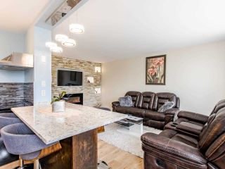 Photo 4: 1003 320 ROYAL Avenue in New Westminster: Downtown NW Condo for sale : MLS®# R2459583