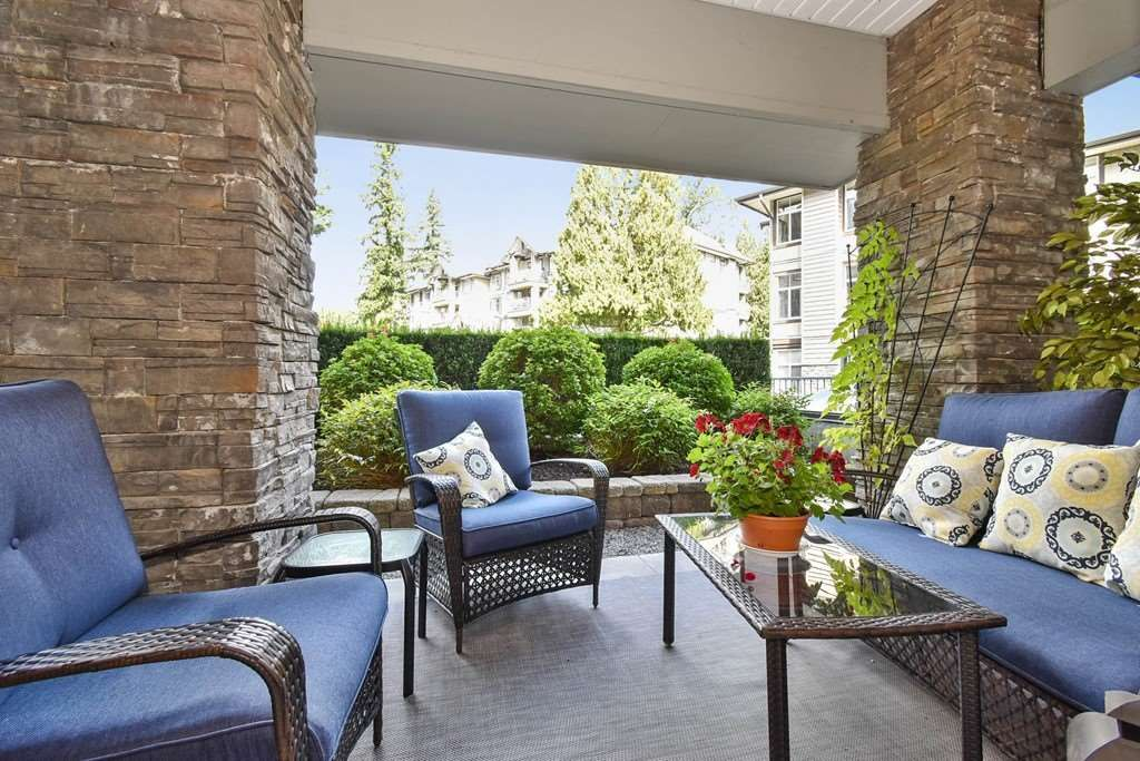 """Photo 17: Photos: 107 33318 E BOURQUIN Crescent in Abbotsford: Central Abbotsford Condo for sale in """"Natures Gate"""" : MLS®# R2499999"""