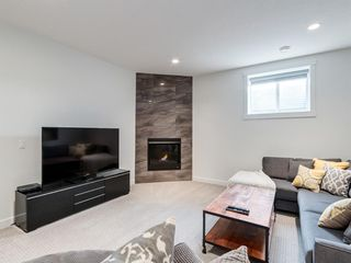 Photo 13: 1 Sierra Morena Manor SW in Calgary: Signal Hill Semi Detached for sale : MLS®# A1143400