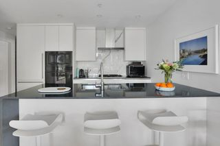 """Photo 32: 101 717 W 17 Avenue in Vancouver: Cambie Condo for sale in """"Heather & 17th"""" (Vancouver West)  : MLS®# R2579140"""
