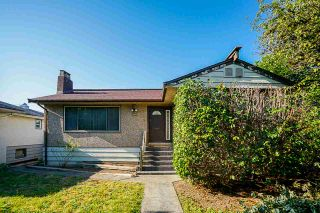 Photo 2: 3779 SUNSET STREET in Burnaby: Burnaby Hospital House for sale (Burnaby South)  : MLS®# R2481232