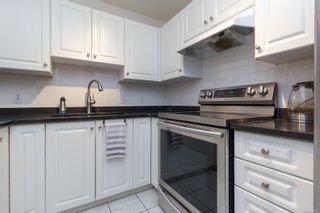 Photo 11: 104 1014 Rockland Ave in Victoria: Vi Rockland Condo for sale : MLS®# 869806