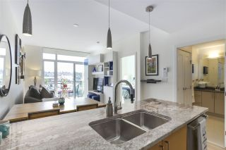 """Photo 11: 703 38 W 1ST Avenue in Vancouver: False Creek Condo for sale in """"THE ONE BY PINNACLE"""" (Vancouver West)  : MLS®# R2450251"""