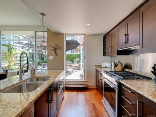 Photo 10: N707 737 Humboldt St in : Vi Downtown Condo for sale (Victoria)  : MLS®# 882584
