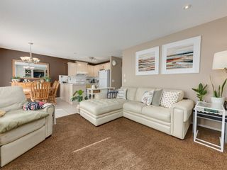Photo 9: 17 ROYAL ELM Way NW in Calgary: Royal Oak Detached for sale : MLS®# A1034855