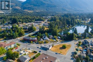 Photo 2: 39 King George St in Lake Cowichan: Business for sale : MLS®# 887744
