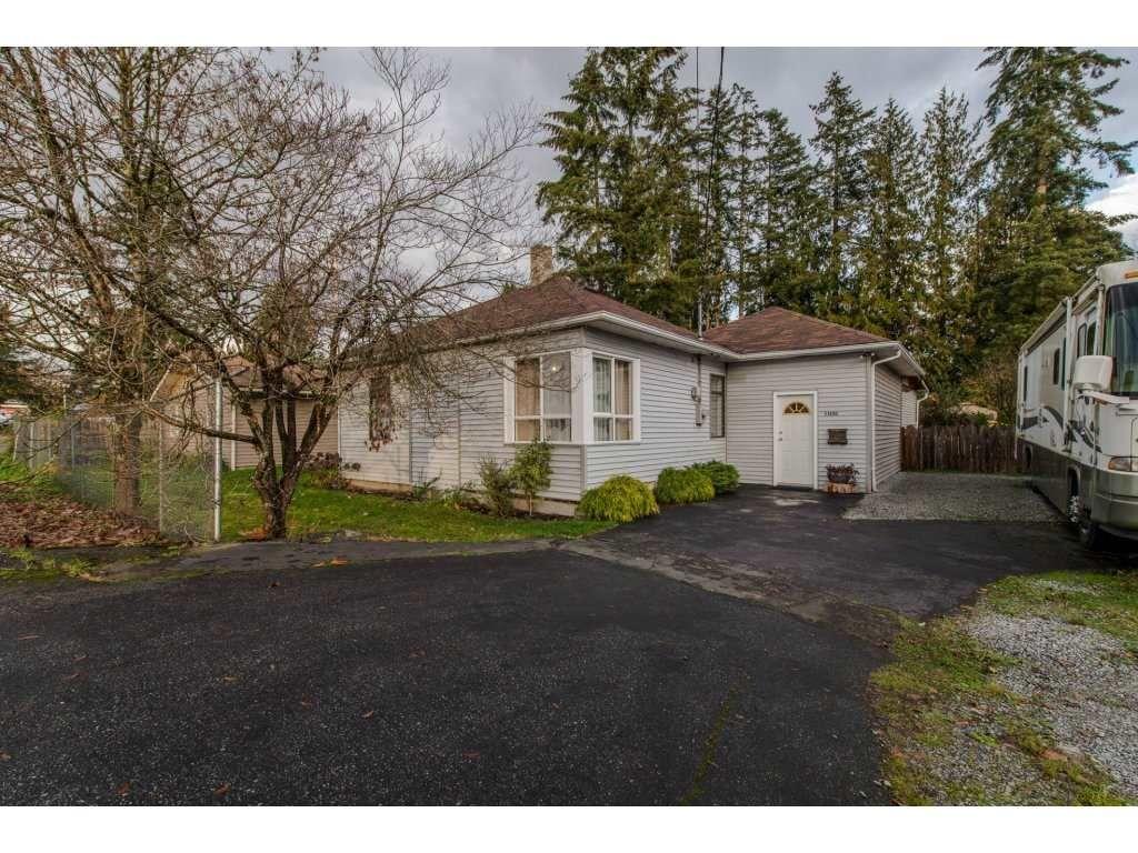 Main Photo: 11690 BURNETT Street in Maple Ridge: East Central House for sale : MLS®# R2123383