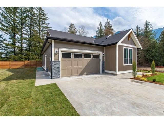 """Main Photo: 63 1885 COLUMBIA VALLEY Road in Cultus Lake: Lindell Beach House for sale in """"Aquadel Crossing"""" : MLS®# R2408763"""