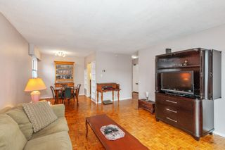 """Photo 6: 307 2025 W 2ND Avenue in Vancouver: Kitsilano Condo for sale in """"THE SEABREEZE"""" (Vancouver West)  : MLS®# R2620558"""