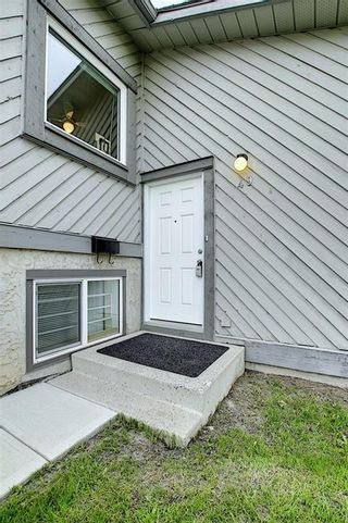 Photo 4: 49 12 Templewood Drive NE in Calgary: Temple Row/Townhouse for sale : MLS®# C4299149