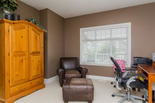 Photo 2: 2864 SHUTTLE STREET in Abbotsford: House for sale : MLS®# R2006617