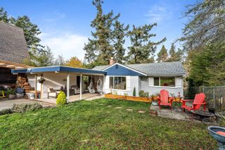 Photo 4: 940 Arundel Dr in : SW Portage Inlet House for sale (Saanich West)  : MLS®# 863550