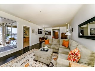 """Photo 3: 213 1990 S E KENT Avenue in Vancouver: South Marine Condo for sale in """"Harbour House at Tugboat Landing"""" (Vancouver East)  : MLS®# R2398371"""