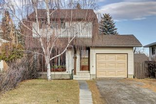 Photo 1: 7 PINEBROOK Place NE in Calgary: Pineridge Detached for sale : MLS®# C4221689