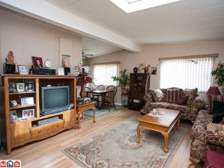"""Photo 2: 138 3665 244TH Street in Langley: Otter District Manufactured Home for sale in """"LANGLEY GROVE ESTATES"""" : MLS®# F1217824"""