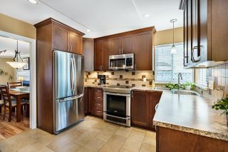 """Photo 15: 591 CLEARWATER Way in Coquitlam: Coquitlam East House for sale in """"RIVER HEIGHTS"""" : MLS®# R2612042"""