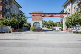 """Photo 6: 113 9299 TOMICKI Avenue in Richmond: West Cambie Condo for sale in """"MERIDIAN GATE"""" : MLS®# R2620047"""
