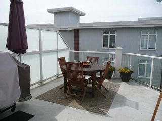 Photo 6: 404 4211 Bayview Street in The Village: Home for sale : MLS®# V821966
