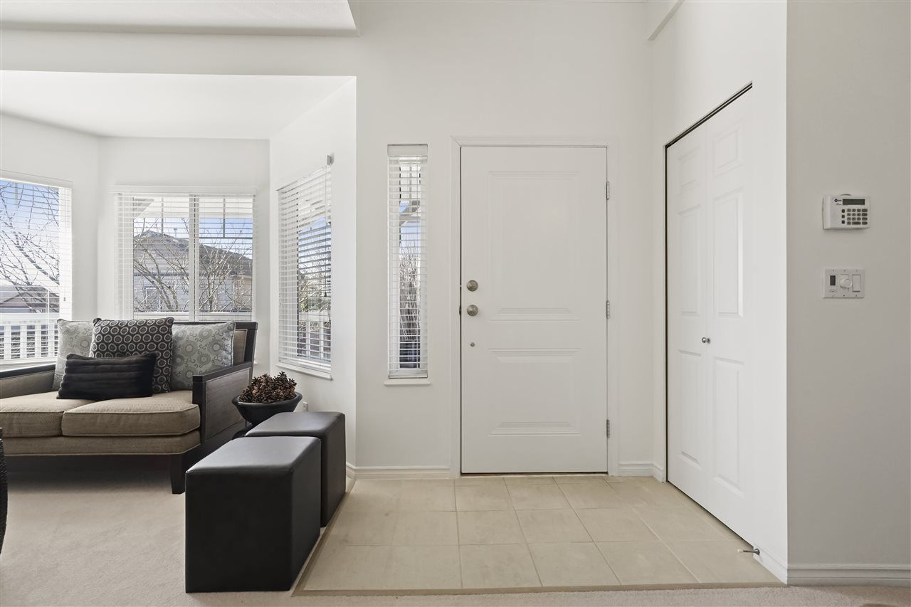 """Photo 3: Photos: 6686 205A Street in Langley: Willoughby Heights House for sale in """"WILLOW RIDGE"""" : MLS®# R2346126"""