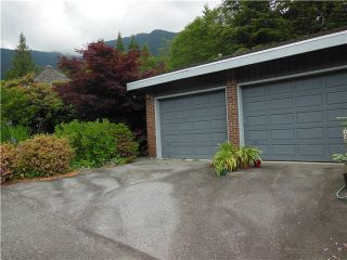 """Photo 16: 5472 BLUEBERRY Lane in North Vancouver: Grouse Woods House for sale in """"GROUSE WOODS"""" : MLS®# V1127820"""