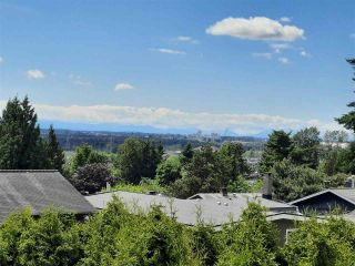 """Photo 6: 8102 WILTSHIRE Place in Delta: Nordel House for sale in """"CANTERBURY HEIGHTS"""" (N. Delta)  : MLS®# R2586961"""