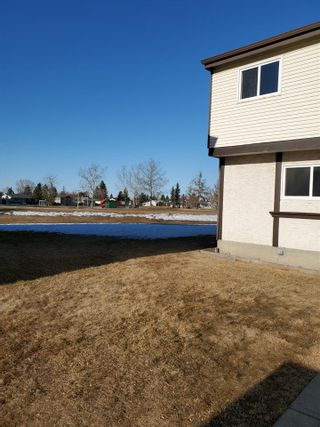 Photo 22: 1244 LAKEWOOD Road W in Edmonton: Zone 29 Townhouse for sale : MLS®# E4233557
