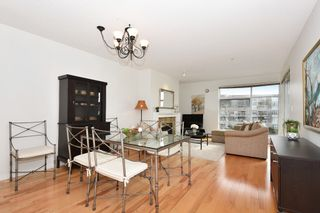 """Photo 5: 311 1990 E KENT AVENUE SOUTH in Vancouver: Fraserview VE Condo for sale in """"Harbour House"""" (Vancouver East)  : MLS®# R2145816"""