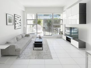 """Photo 2: 101 1252 HORNBY Street in Vancouver: Downtown VW Condo for sale in """"PURE"""" (Vancouver West)  : MLS®# R2604180"""