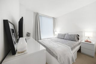 Photo 4: 2705 13696 100 Avenue in Surrey: Whalley Condo for sale (North Surrey)  : MLS®# R2417627