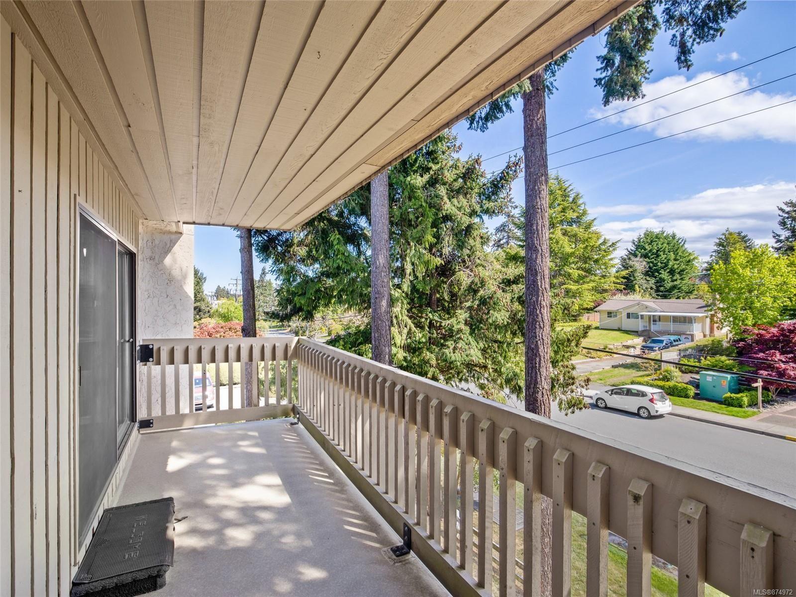 Main Photo: 304 363 Morison Ave in : PQ Parksville Condo for sale (Parksville/Qualicum)  : MLS®# 874972