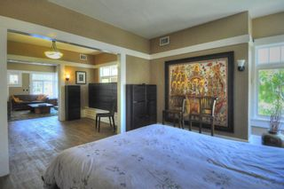 Photo 8: MISSION HILLS House for sale : 3 bedrooms : 3830 1st Ave. in San Diego