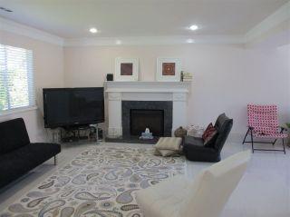 Photo 2: 10360 SPRINGHILL Crescent in Richmond: Steveston North House for sale : MLS®# R2178208
