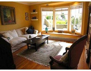 Photo 4: 236 W 5TH ST in North Vancouver: Lower Lonsdale House for sale : MLS®# V537889