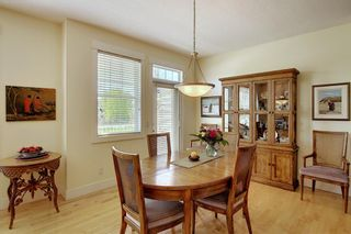 Photo 9: 45 Discovery Heights SW in Calgary: Discovery Ridge Row/Townhouse for sale : MLS®# A1109314