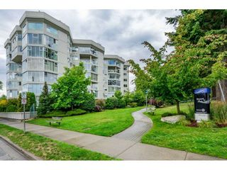 """Photo 30: 215 1442 FOSTER Street: White Rock Condo for sale in """"White Rock Square Tower 3"""" (South Surrey White Rock)  : MLS®# R2538444"""
