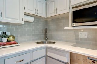 Photo 12: 206 Signal Hill Place SW in Calgary: Signal Hill Detached for sale : MLS®# A1086077