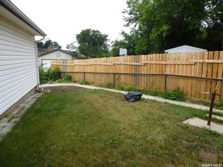 Photo 5: 596 Dalgliesh Drive in Regina: Walsh Acres Residential for sale : MLS®# SK867340