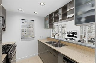 """Photo 9: 910 928 BEATTY Street in Vancouver: Yaletown Condo for sale in """"THE MAX"""" (Vancouver West)  : MLS®# R2541326"""