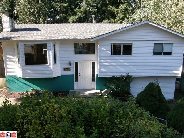 Main Photo: 7293 BLAKE DR in Delta: Nordel House for sale (N. Delta)  : MLS®# F1024501