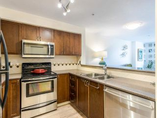 "Photo 4: 216 5800 ANDREWS Road in Richmond: Steveston South Condo for sale in ""The Villas"" : MLS®# R2493137"