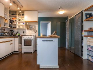 """Photo 4: 306 175 E BROADWAY in Vancouver: Mount Pleasant VE Condo for sale in """"Lee Building"""" (Vancouver East)  : MLS®# R2559820"""