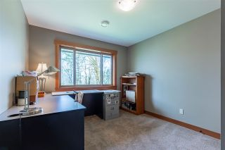 Photo 34: 43207 SALMONBERRY Drive in Chilliwack: Chilliwack Mountain House for sale : MLS®# R2529009