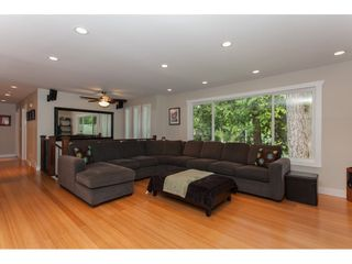 """Photo 5: 19720 41A Avenue in Langley: Brookswood Langley House for sale in """"BROOKSWOOD"""" : MLS®# R2157499"""