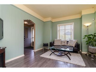 Photo 4: 235 9TH ST in New Westminster: Uptown NW House for sale : MLS®# V1008504