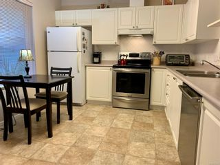 Photo 4: 8 2010 20th St in : CV Courtenay City Row/Townhouse for sale (Comox Valley)  : MLS®# 861800