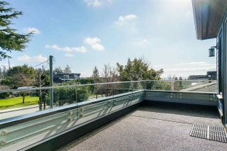 """Photo 35: 1551 ARCHIBALD Road: White Rock House for sale in """"West White Rock"""" (South Surrey White Rock)  : MLS®# R2584114"""