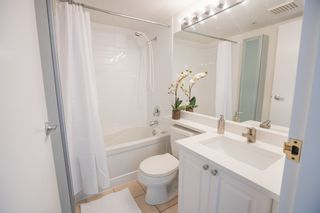 Photo 4: 906 488 HELMCKEN STREET in Vancouver: Yaletown Condo for sale (Vancouver West)  : MLS®# R2086319